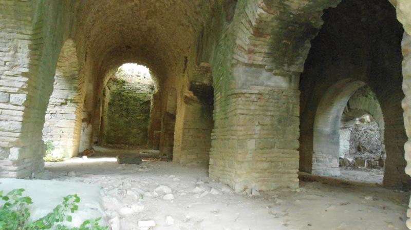 saturnia-interno-castellum-aquarum-maremma-toscana
