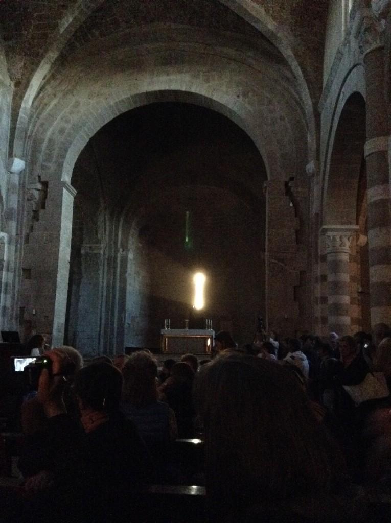 primo- raggio-cattedrale-sovana