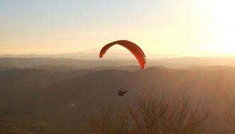 Volare in parapendio fra l'Amiata e la Maremma
